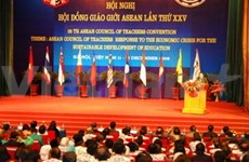 ASEAN education forum opens in Hanoi