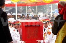 King Le Du Tong reburied in homeland