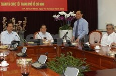 Leaders' activities on threshold of Lunar New Year