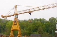 Vietnam exports cranes to Indonesia