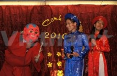French President hosts banquet on Tet festival