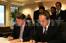 Vietnam, UK to spur multifaceted cooperation