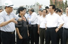 PM visits Red River Delta province of Nam Dinh