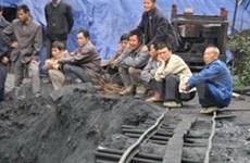 Coal mine blast kills 21 Chinese workers