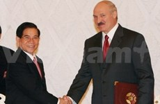 Vietnam, Belarus leaders issue joint statement