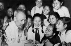 President Ho Chi Minh's birthday celebrated abroad