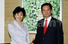PM Dung welcomes foreign leaders to WEF on East Asia