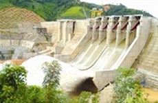 Laos speeds up construction of power plants