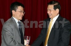 State President Triet receives Fields laureate