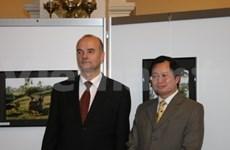 Photo exhibition marks Vietnamese-German ties