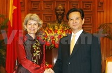 PM Dung welcomes UNESCO chief