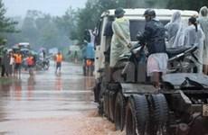 Floods leave 21 dead or missing