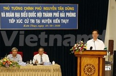 Prime Minister meets voters in Hai Phong