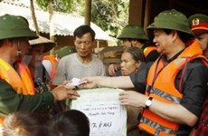 PM guarantees food supplies for flood victims