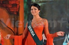 Serb beauty wears best Ao dai at Miss Earth 2010