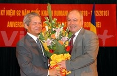 Get-together marks VN-Romania diplomatic ties