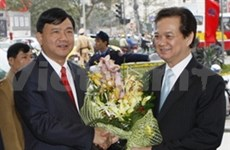 Leaders extend New Year congratulations
