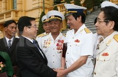 State leader lauds veterans of unmarked ships