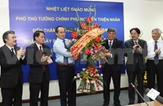 Deputy PM praises VNA's role