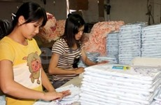 Garment and textile exports hit July record