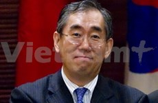 VN, Japan hold bilateral dialogue on AMM-44 sidelines