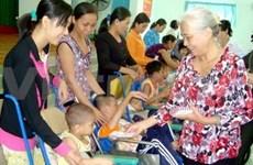 Vietnamese in Russia raise 33,000 USD for AO victims