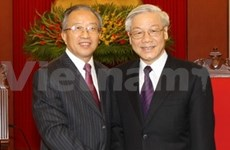 Top leaders receive Chinese State Councillor