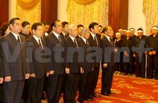 Top leaders pay tribute to former State President