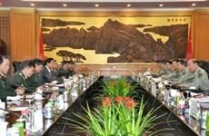 Senior military officials of VN, China hold talks