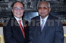 NA Chairman meets Cambodian Senate President