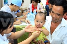 RoK, Japanese doctors offer free child surgery