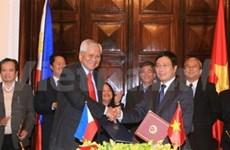 VN, Philippines tighten bilateral cooperation