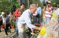 Ceremony commemorates Son My massacre