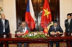 Czech Republic cements ties with Vietnam