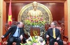 NA Chairman receives AIA President