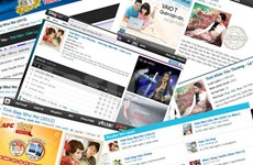 Online music providers to collect download fees