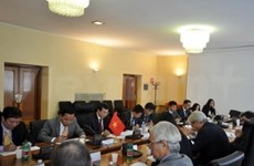 Vietnam, Italy meet for economic talks