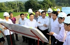 ADB supports Lao Cai's search for investment