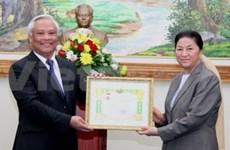 Vietnam peace committee delegation visits Laos