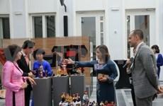 Ethnic costumes go on display in Belgium