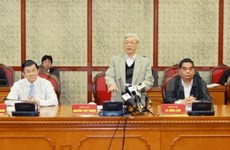 Party leader urges continued development of collective economy
