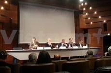 Corporate social responsibility seminar held in Paris