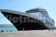 First cruise ships dock at Nha Trang, Da Nang