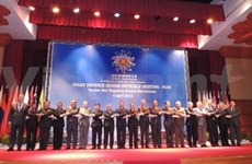 Vietnam calls for no use of force on East Sea