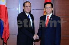 PM meets Thai, Singaporean, Filipino leaders