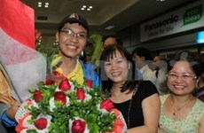 Vietnamese students win prizes at Intel ISEF 2013