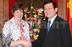President vows to back cooperation with Aussie House