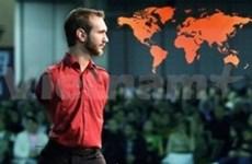 Nick Vujicic inspires Vietnam's audiences