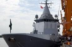 French patrol ship visits Vietnam