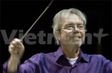 Dutch maestro leads HCM City's concert